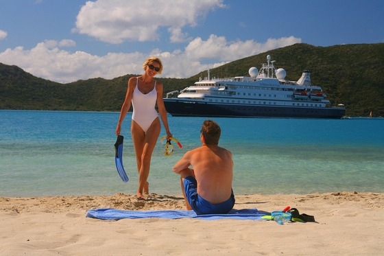 Romantic cruising in the Caribbean