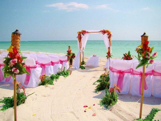 Beach wedding arrangements in tropics